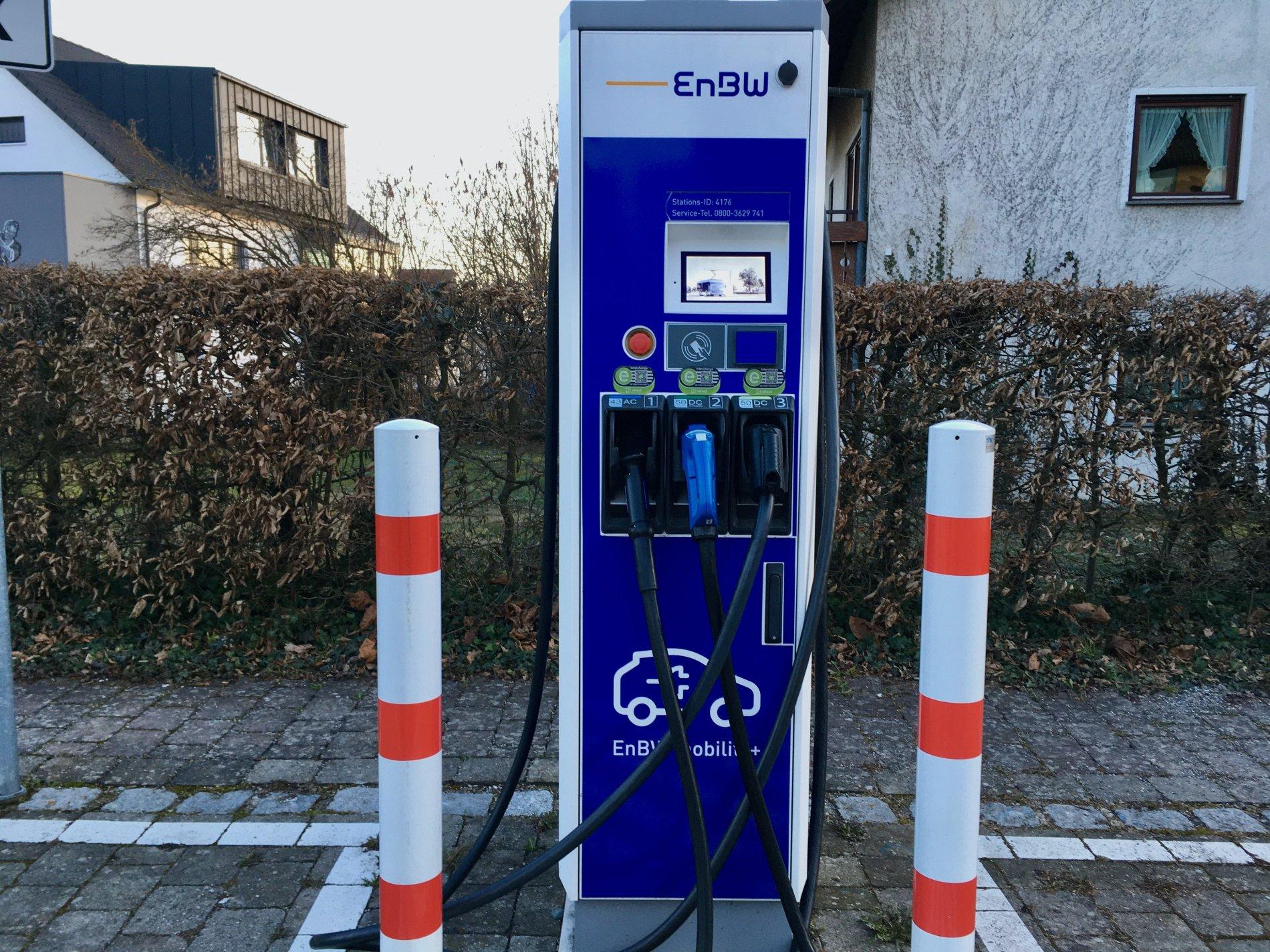 Elektro-Ladesäule Hagnau
