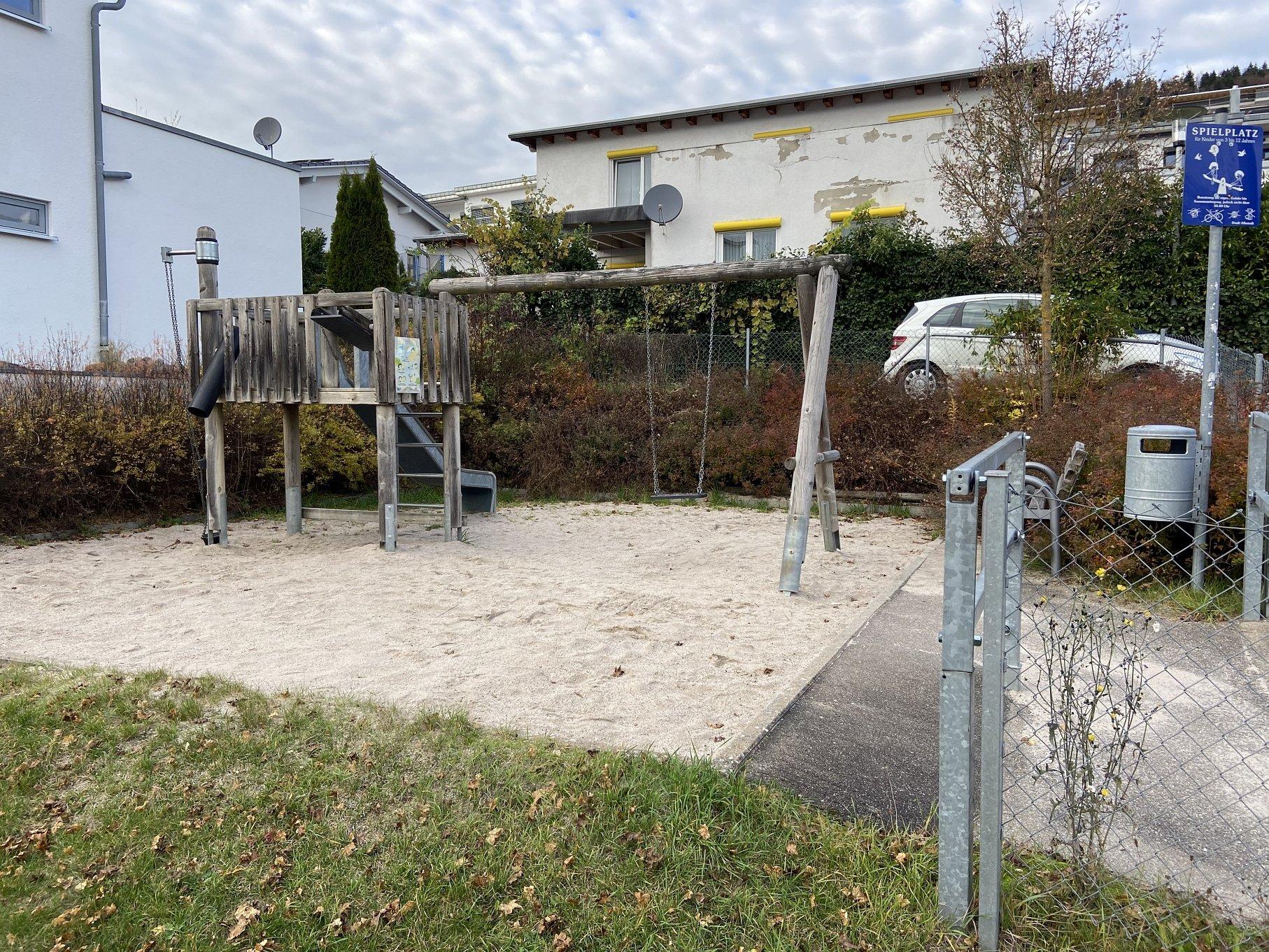 Spielplatz Keltenstraße-Viel Platz zum toben!