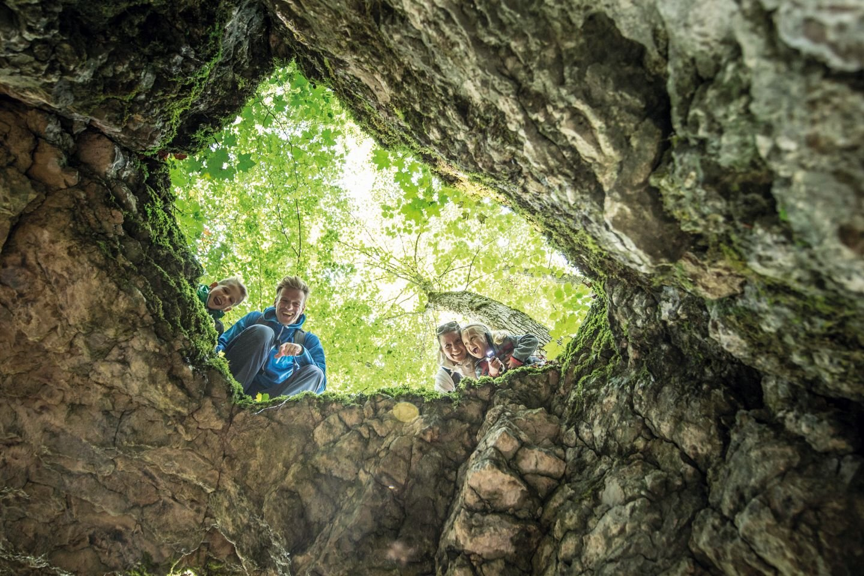 Kuckuck! Einblick in die Heidensteinhöhle