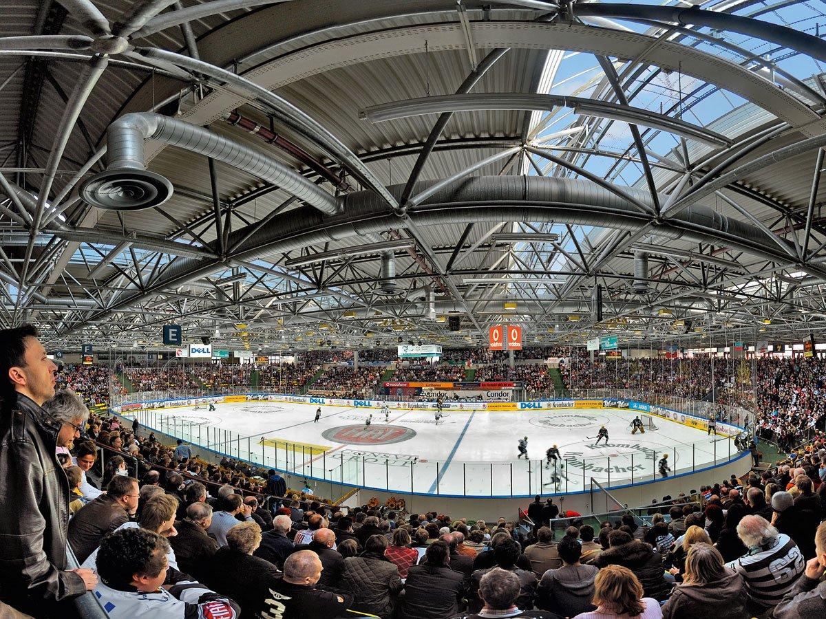 Eissporthalle (ice rink)