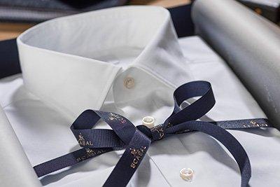 Damen- und Herrenkleidung nach Maß