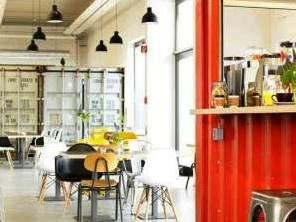 Innenraum des alina cafés