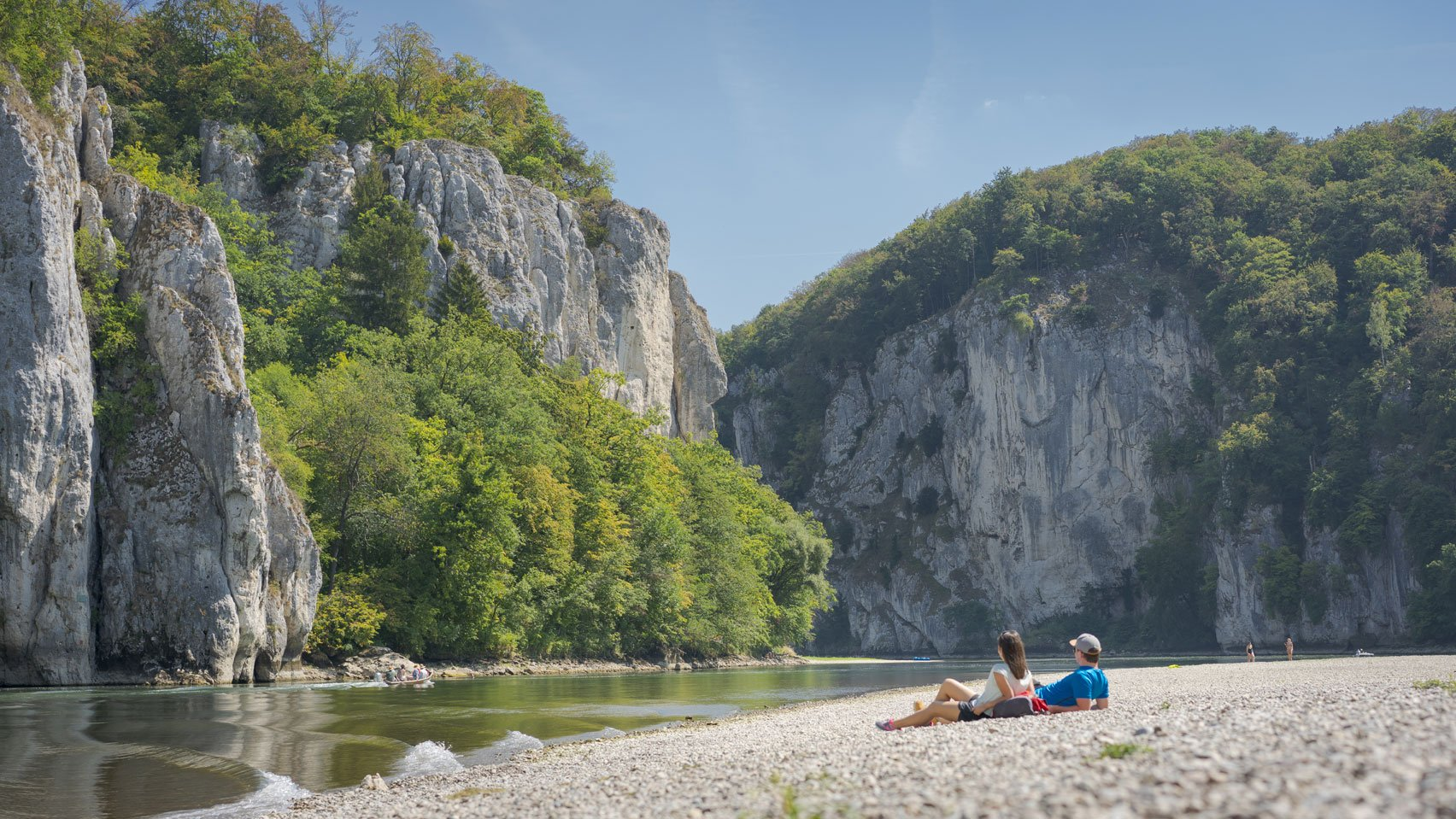 Kiesstrand am Donaudurchbruch