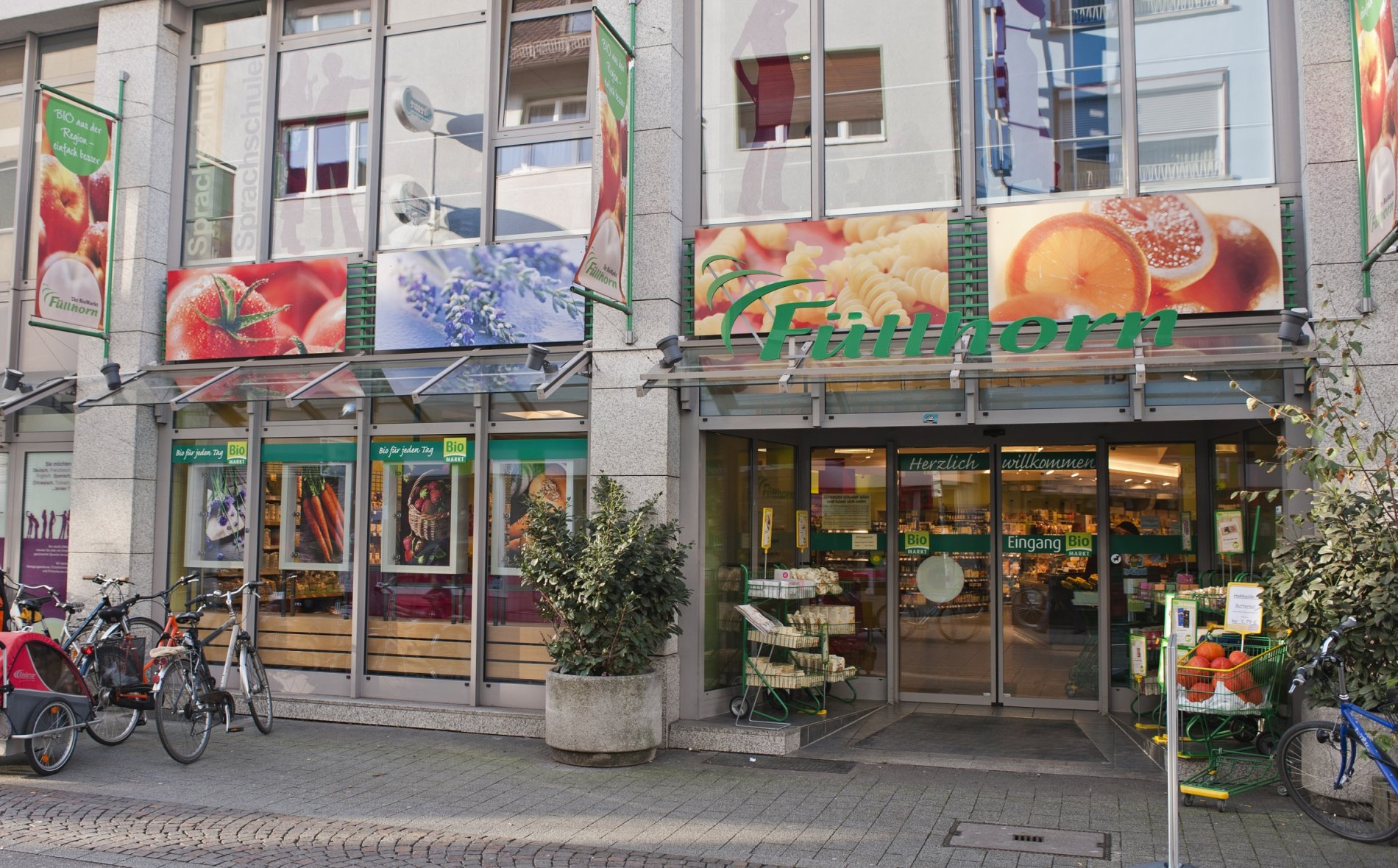 Füllhorn BioMarkt Karlsruhe Eingang