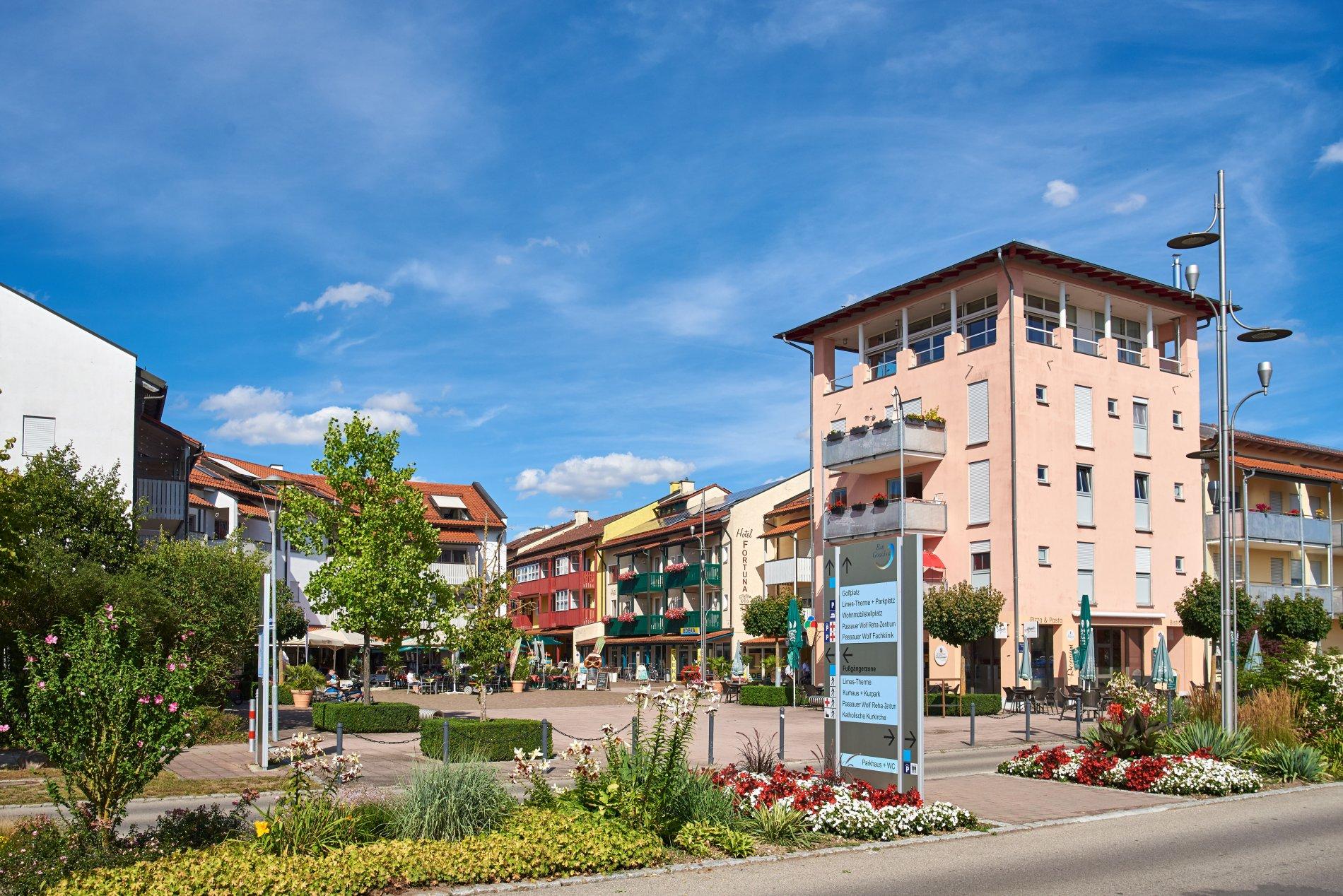 Blick auf die Fußgängerzone von Bad Gögging
