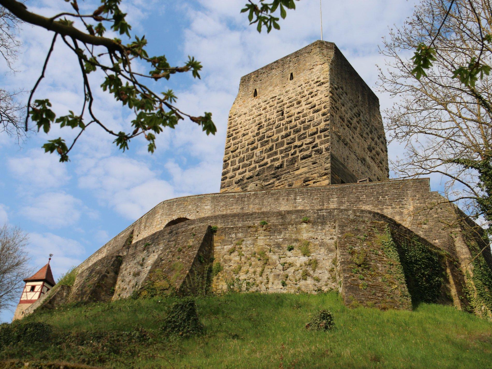 Blick auf den Roten Turm | Bad Wimpfen | HeilbronnerLand