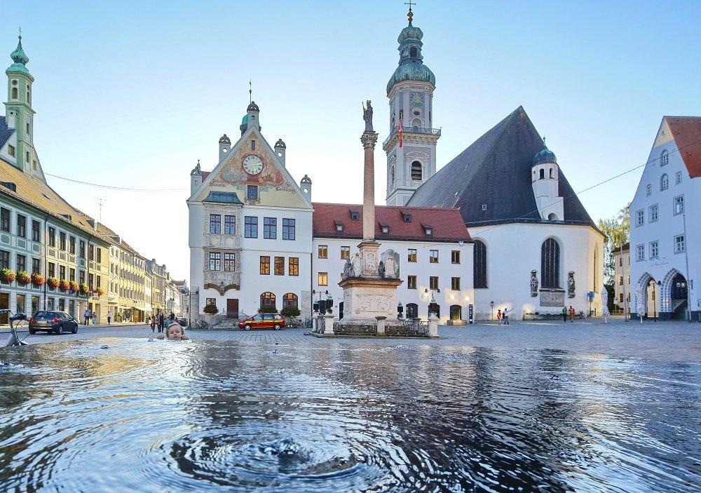Blick auf die Pfarrkirche St. Georg in Freising