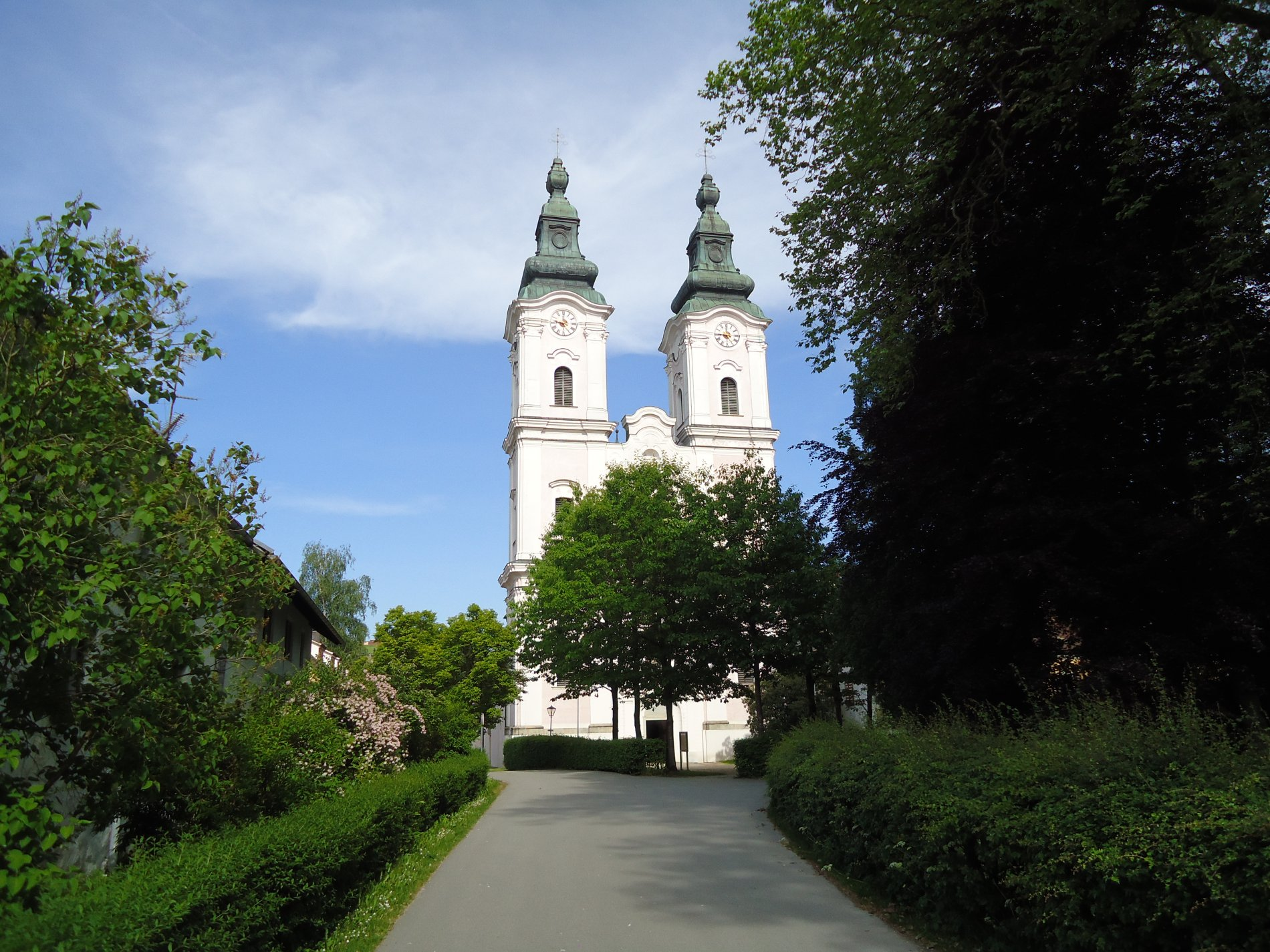 Schloss und Klosterkirche Vornbach am Inn