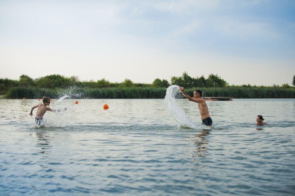 Badespaß im Mauerner Badesee in Neustadt an der Donau im Hopfenland Hallertau