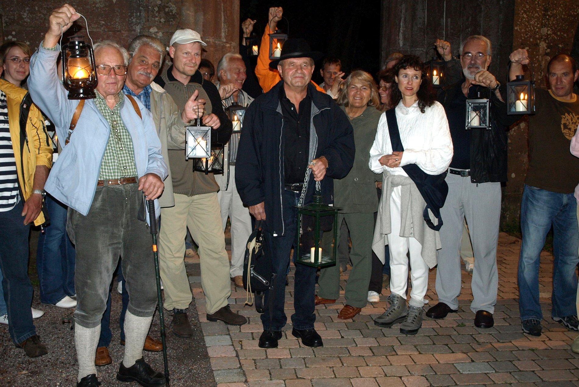 Die Nachtwächterwanderung führt durch das Klosterareal.