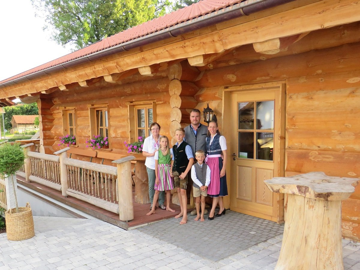 Naturstammhaus für Events_Seminare_Hüttenabende