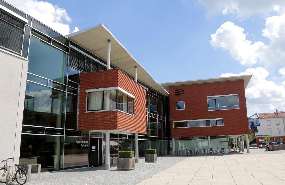 Rathaus in Hallbergmoos