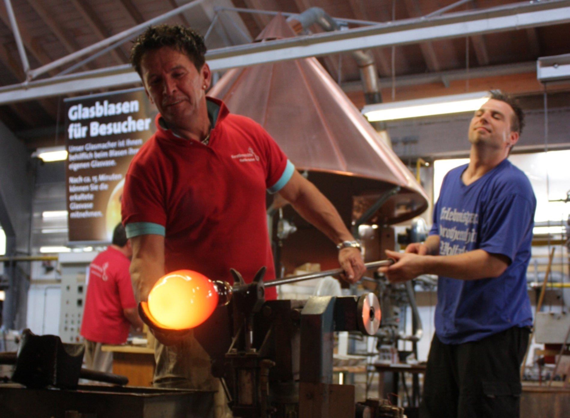 Glasmacher in der Dorotheenhütte Wolfach