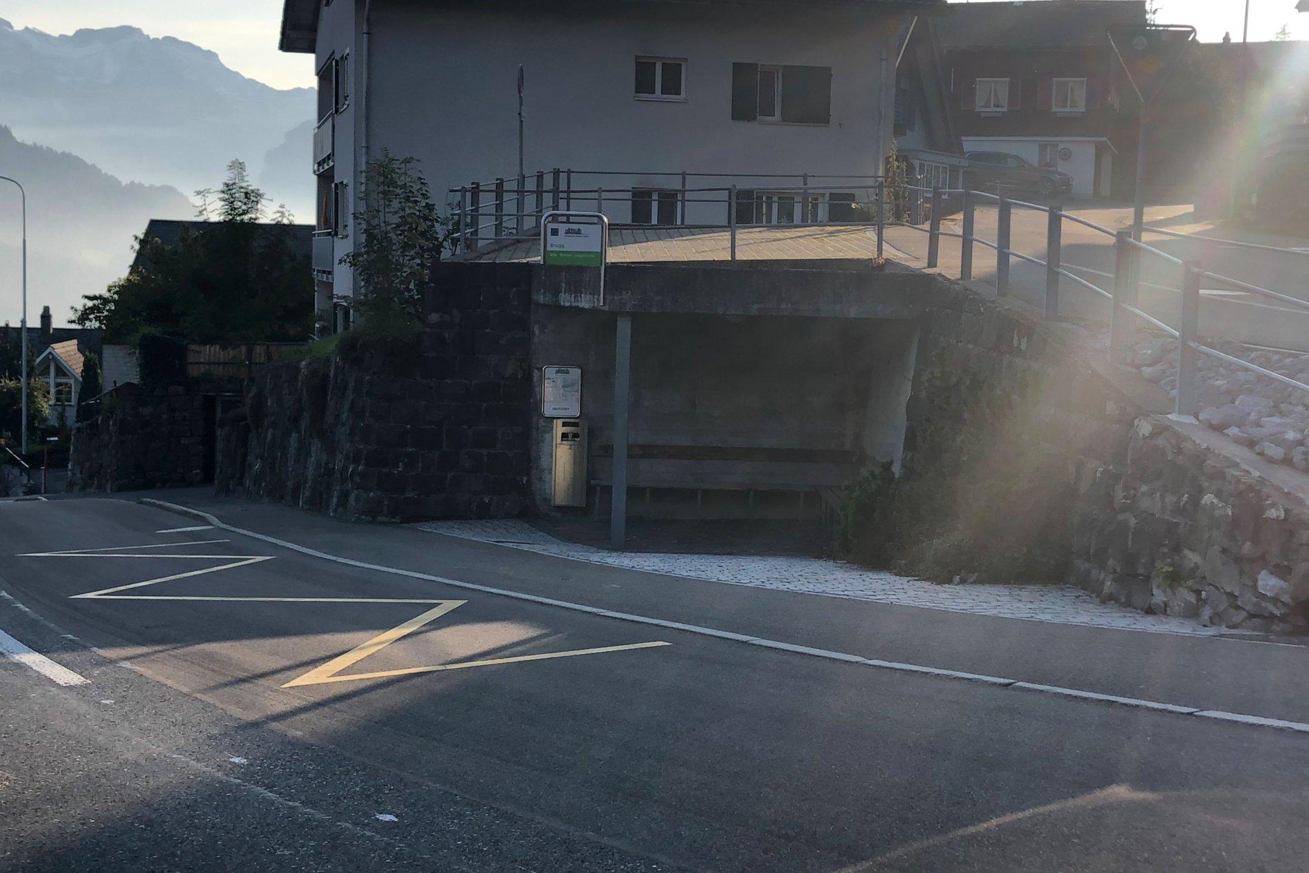 Bushaltestelle Amden, Brugg