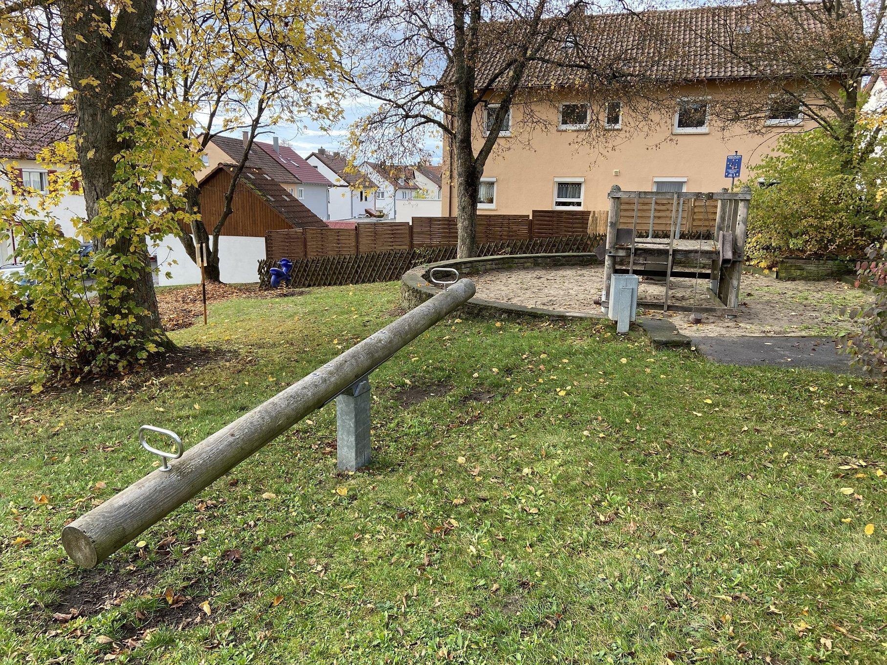 Spielplatz Matthäus-Hahn-Straße-Viel Platz zum Spielen!