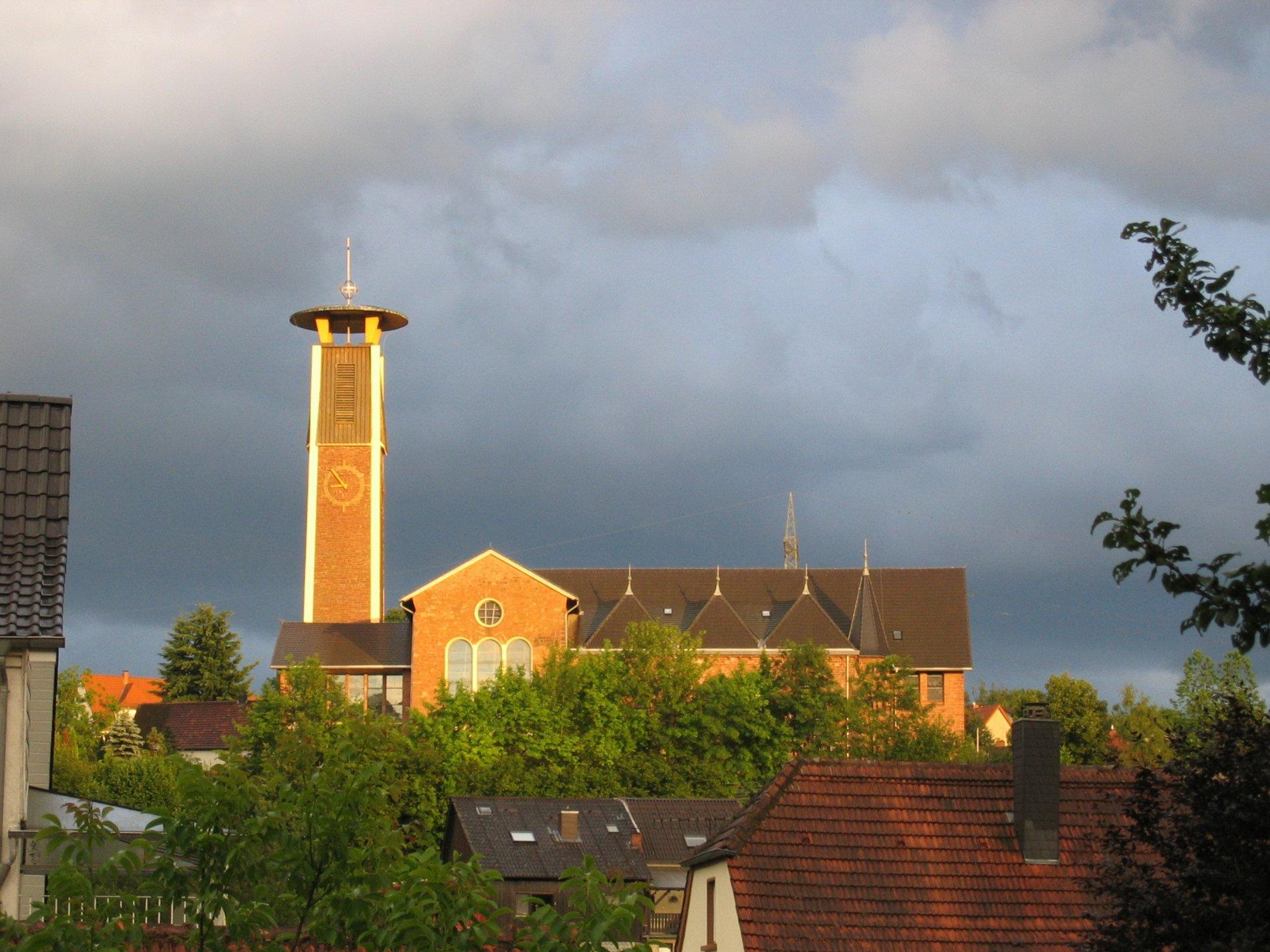 Ausblick auf eien Kirche