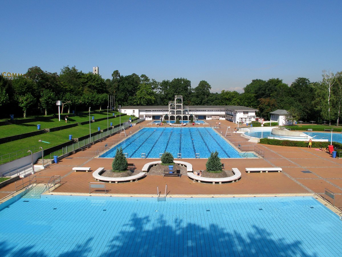 Outdoor Pool Stadion