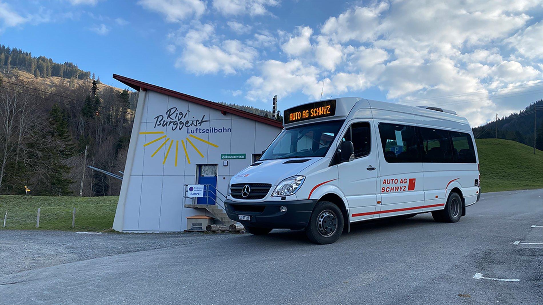 Der Bergbus fährt von Gersau bis nach Obergschwend