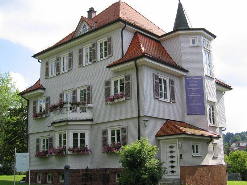 Haus Bühler von Außen, Heimat-Museum Schömberg, Ausstellungen, Kurortgeschichte