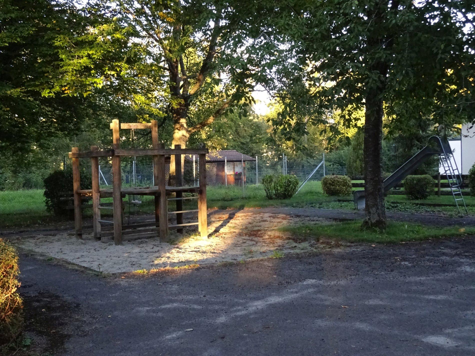 Spielplatz Dreherstraße-Viel Platz zum Spielen!