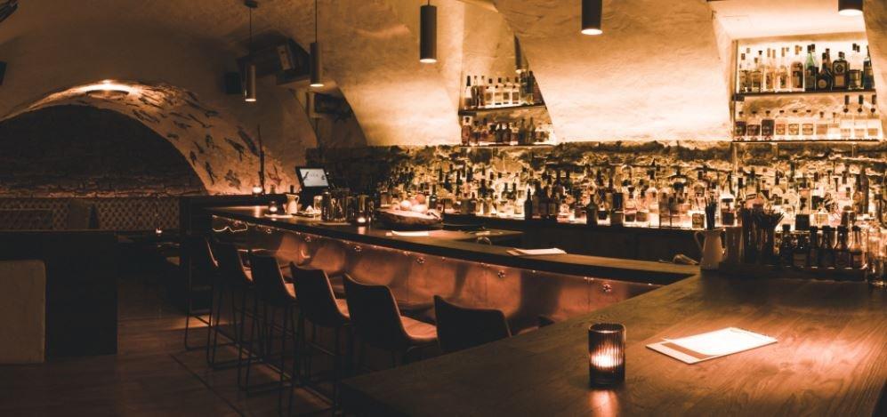 Bar im The Door - Liquid Kitchen & Highballs