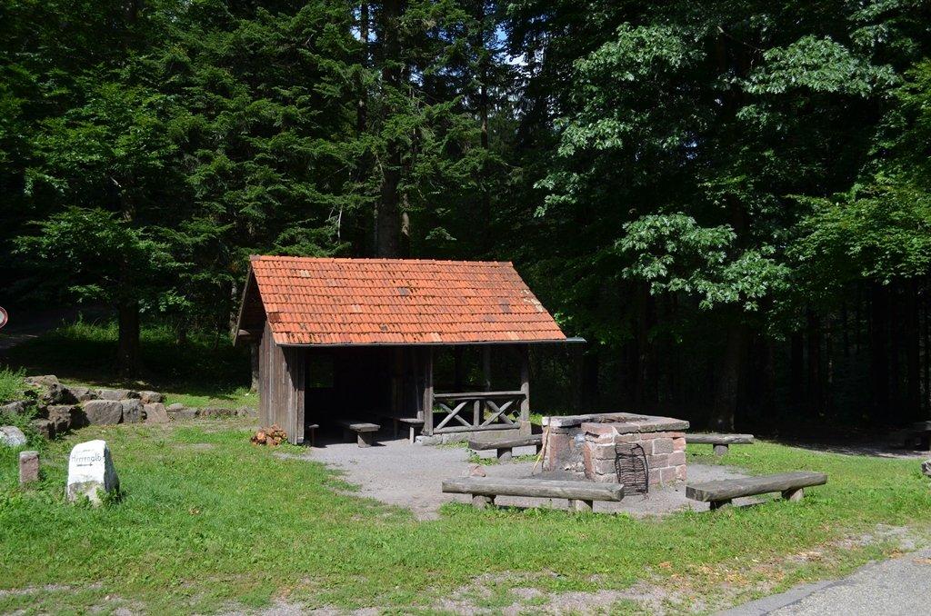 Grillplatz an der Hirschwinkelhütte.