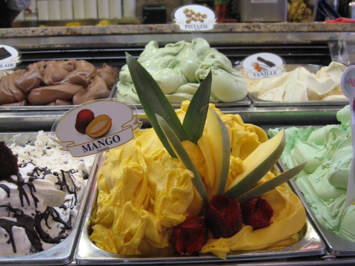 Eiscafé Casal große Eisauswahl