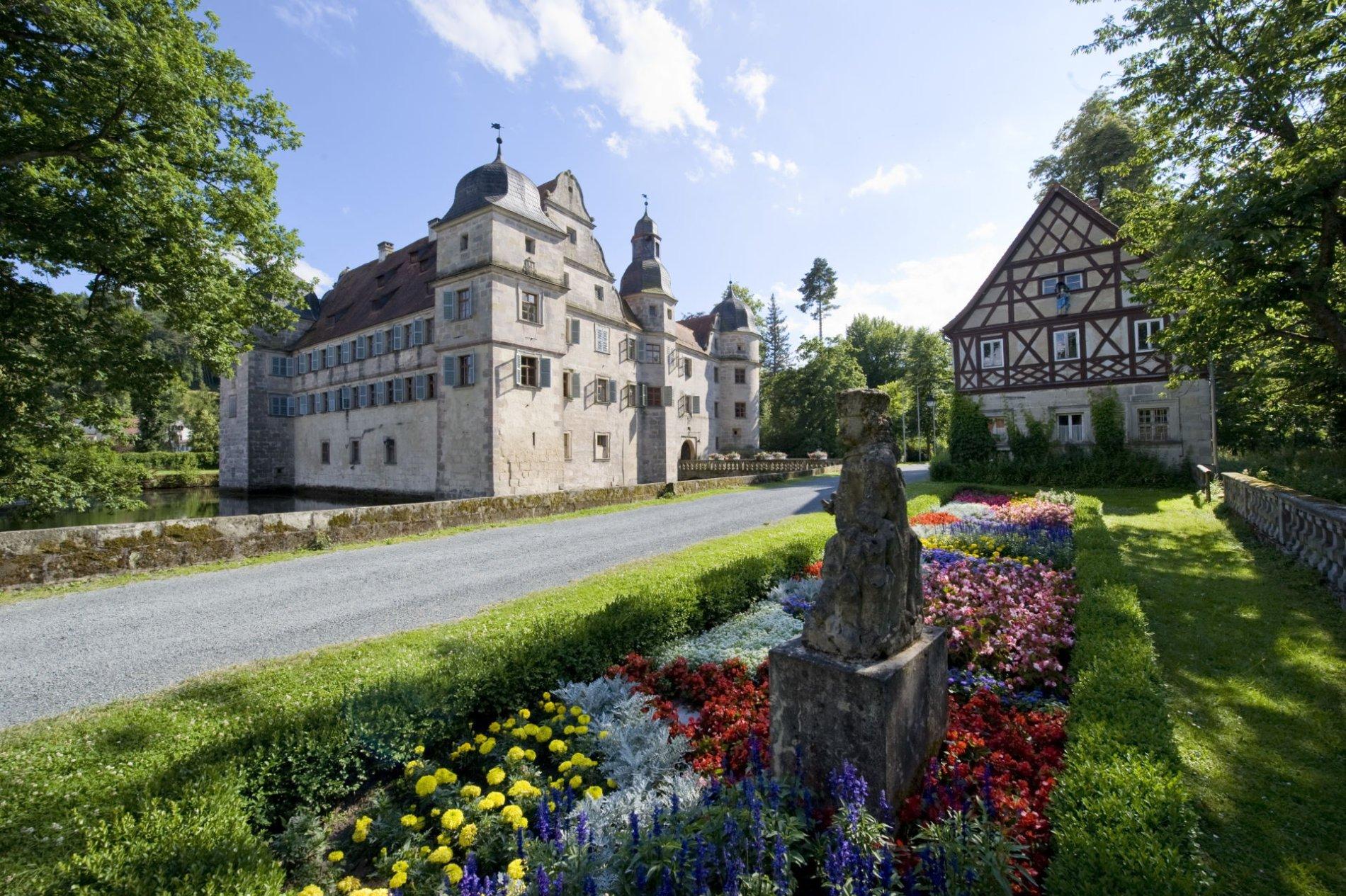 Am Wasserschloss Mitwitz