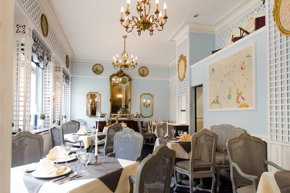 Elegantes Ambiente im Restaurant Der Kleine Prinz