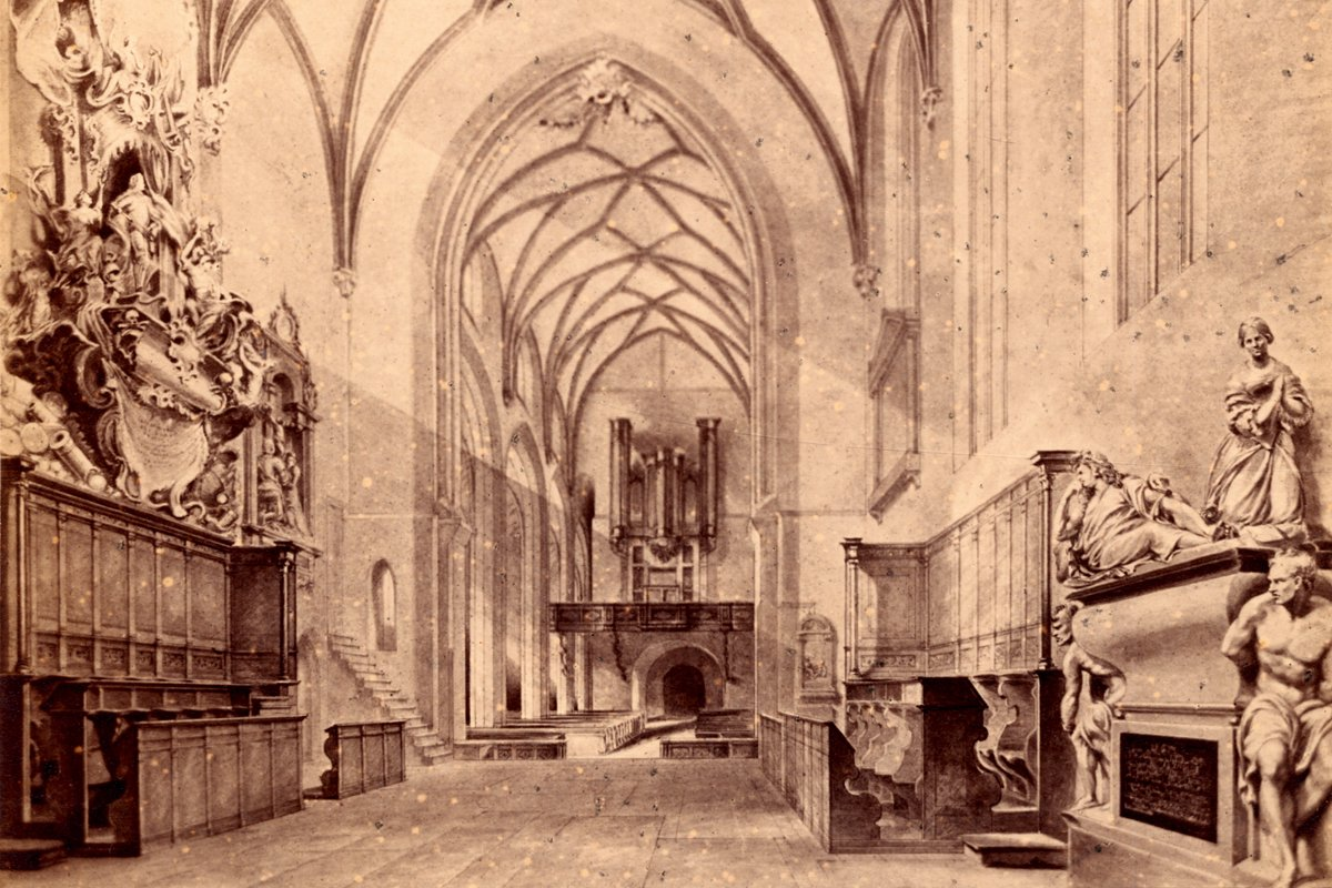 Historische Stiftskirche von innen