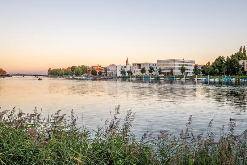 Blick von Seerhein auf die HTWG