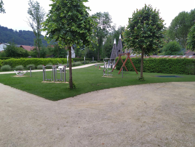 Outdoor-Fitnessgeräte Schlosspark Obernzell