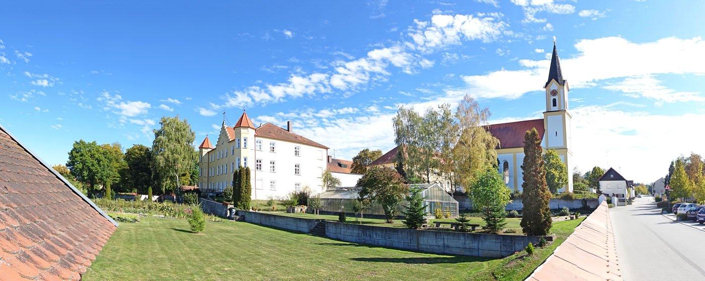 Kloster Mengkofen, Barmherzige Schwestern vom Hl. Kreuz