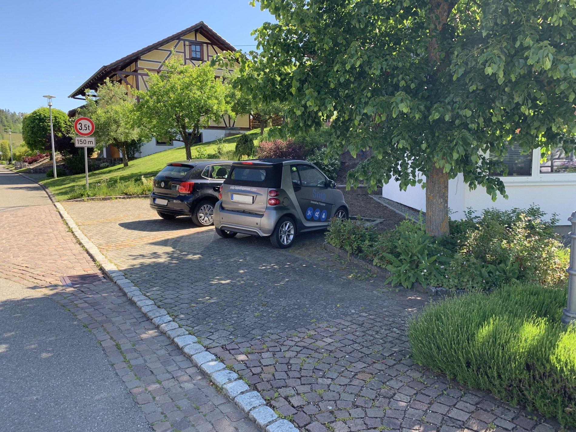 Parkplatz am Jugendhaus in Dautmergen
