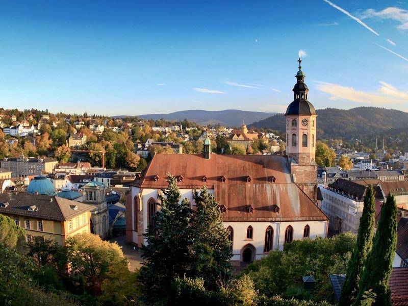 Blick auf die Stiftskirche und die Altstadt