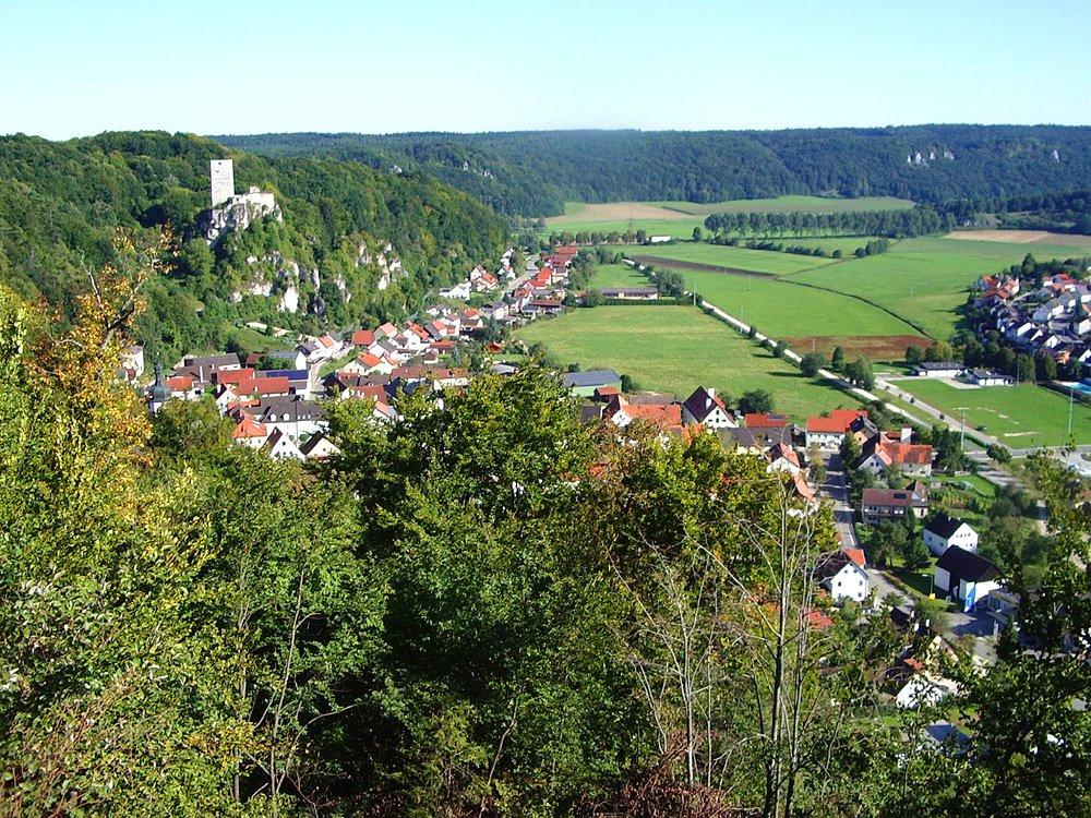 Wellheim und Felsenburg