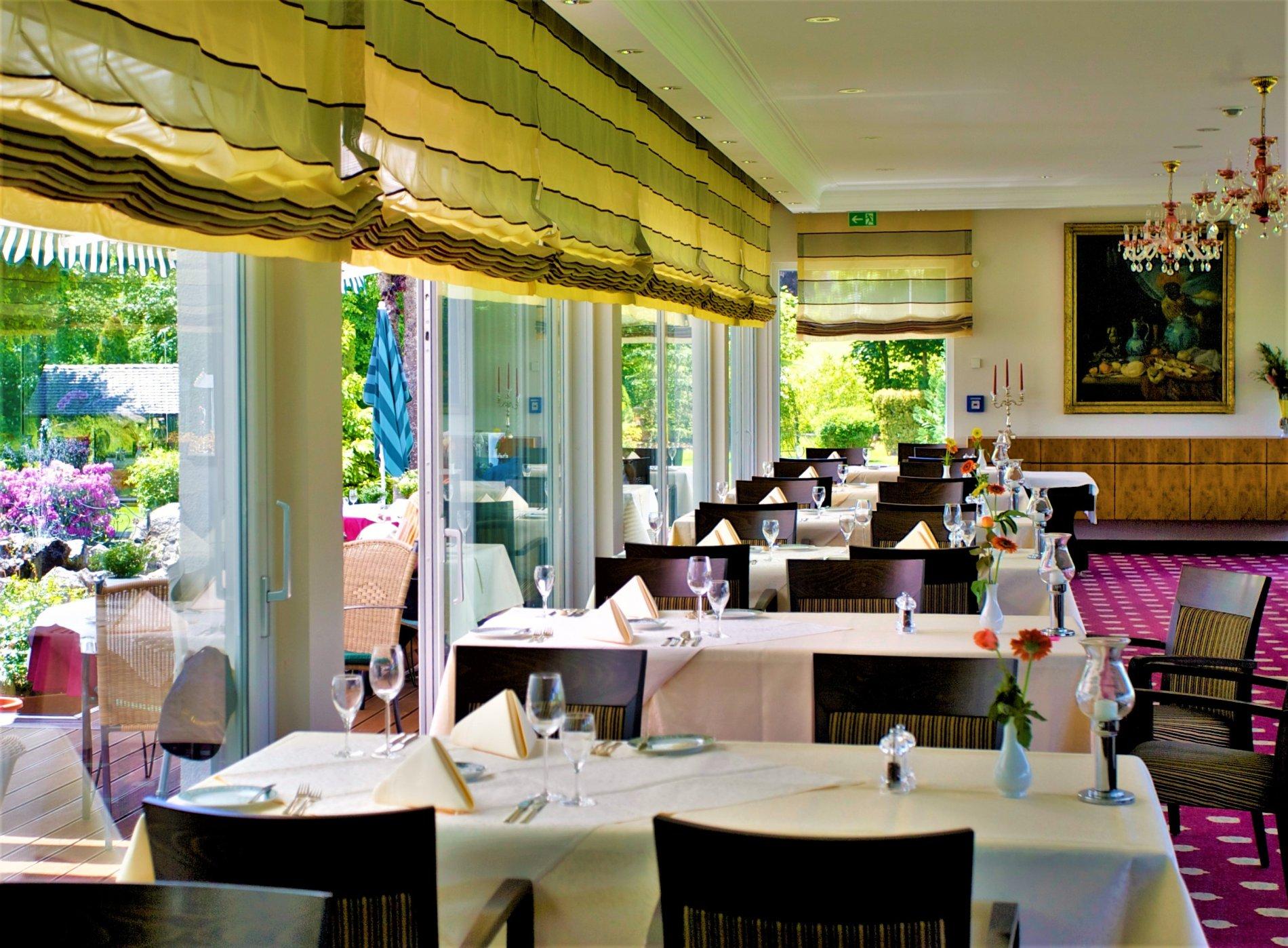 Gastraum Restaurant Parkhotel Flora