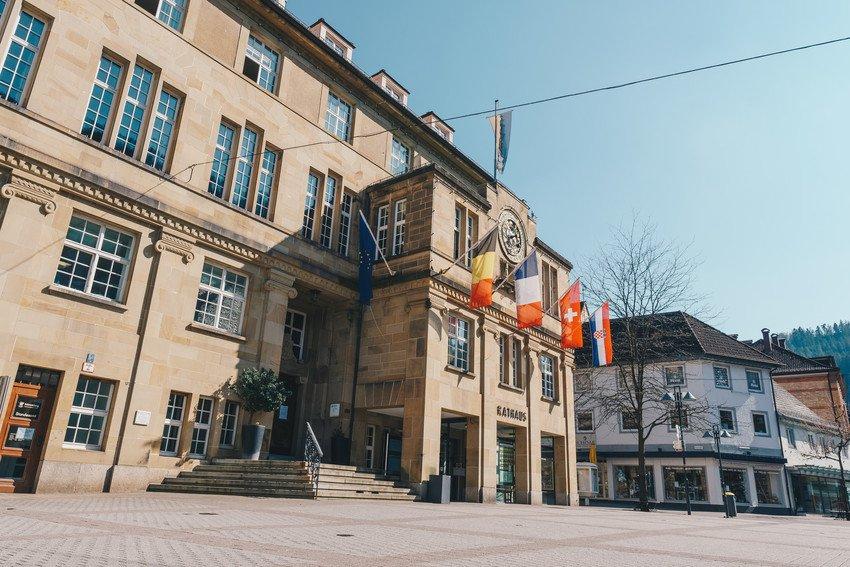 Rathaus mit astronomischer Uhr