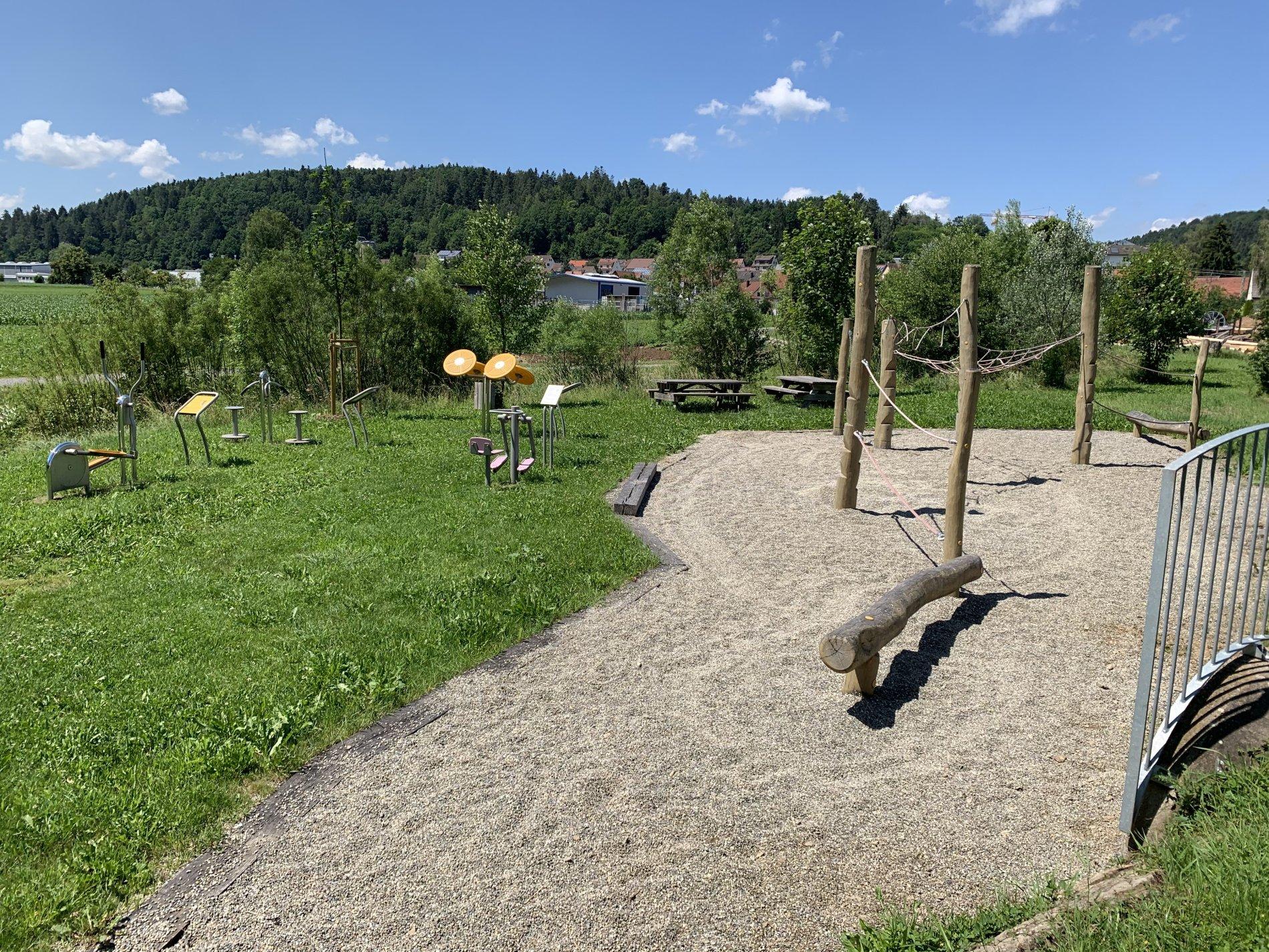 """Generationenpark """"Peter Pan"""" mit Spielgeräten"""