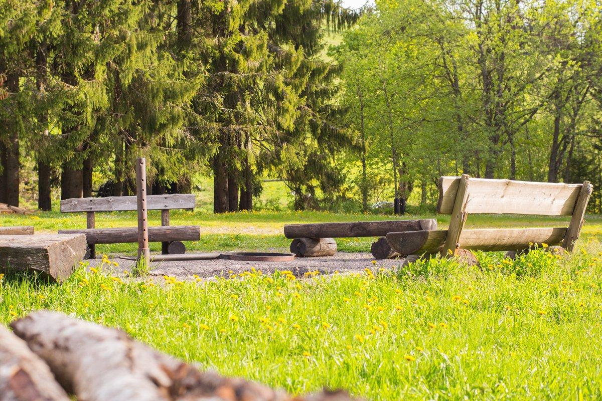 Sitzgelegenheit Grillplatz Altglashütten