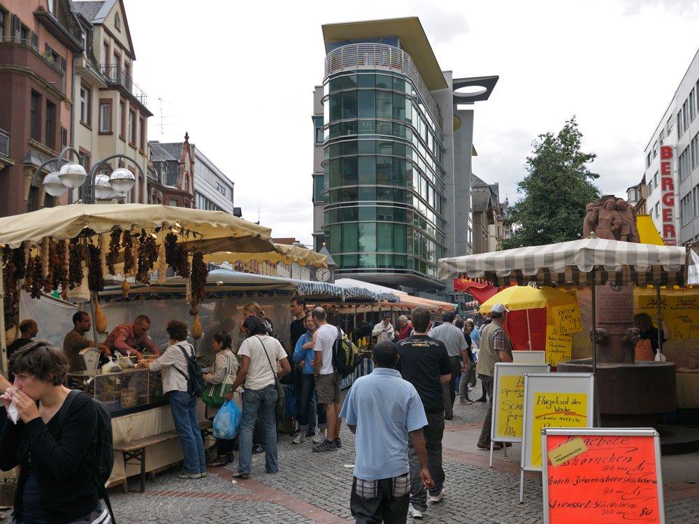 Berger Street weekly market
