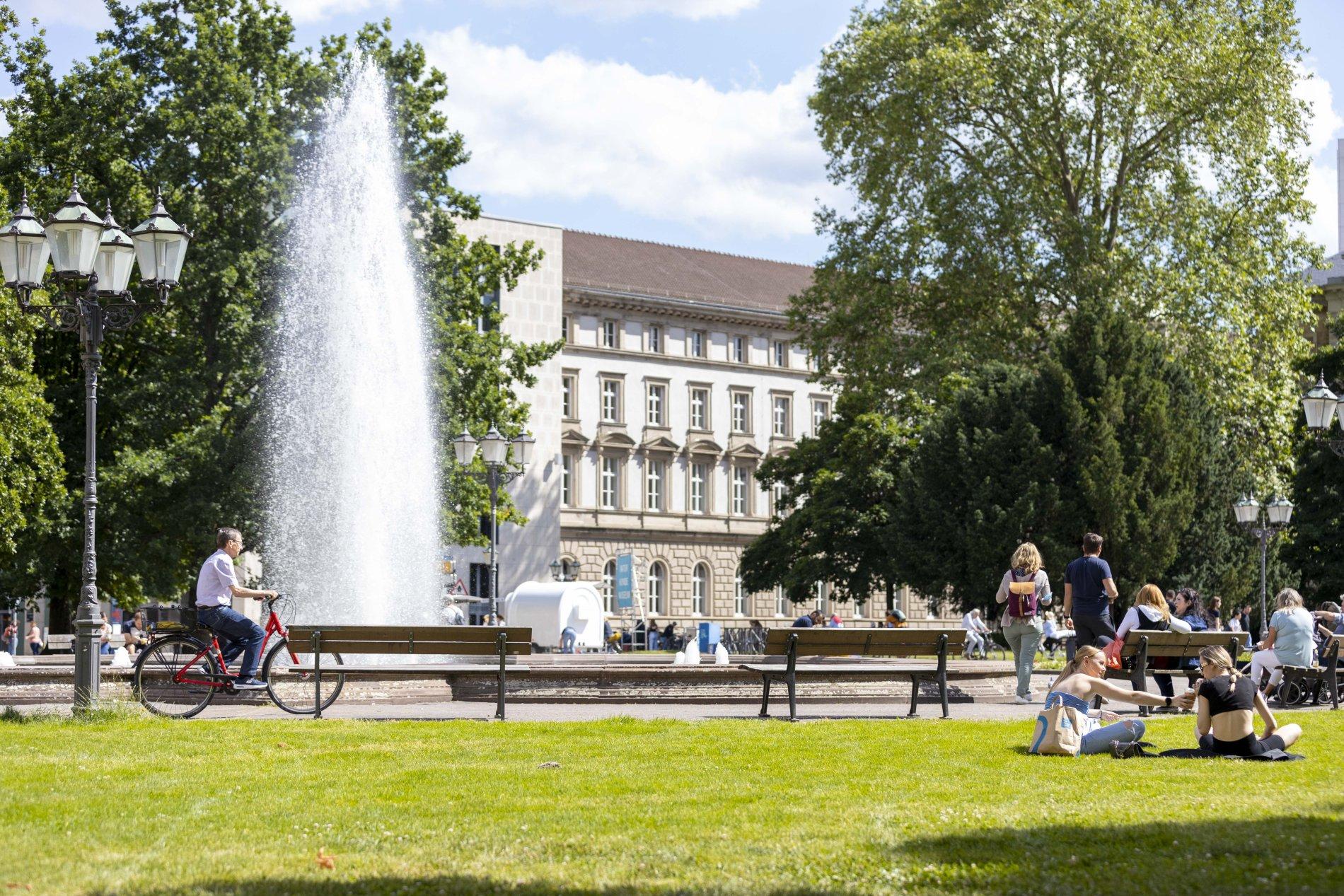Friedrichsplatz Naturkundemuseum