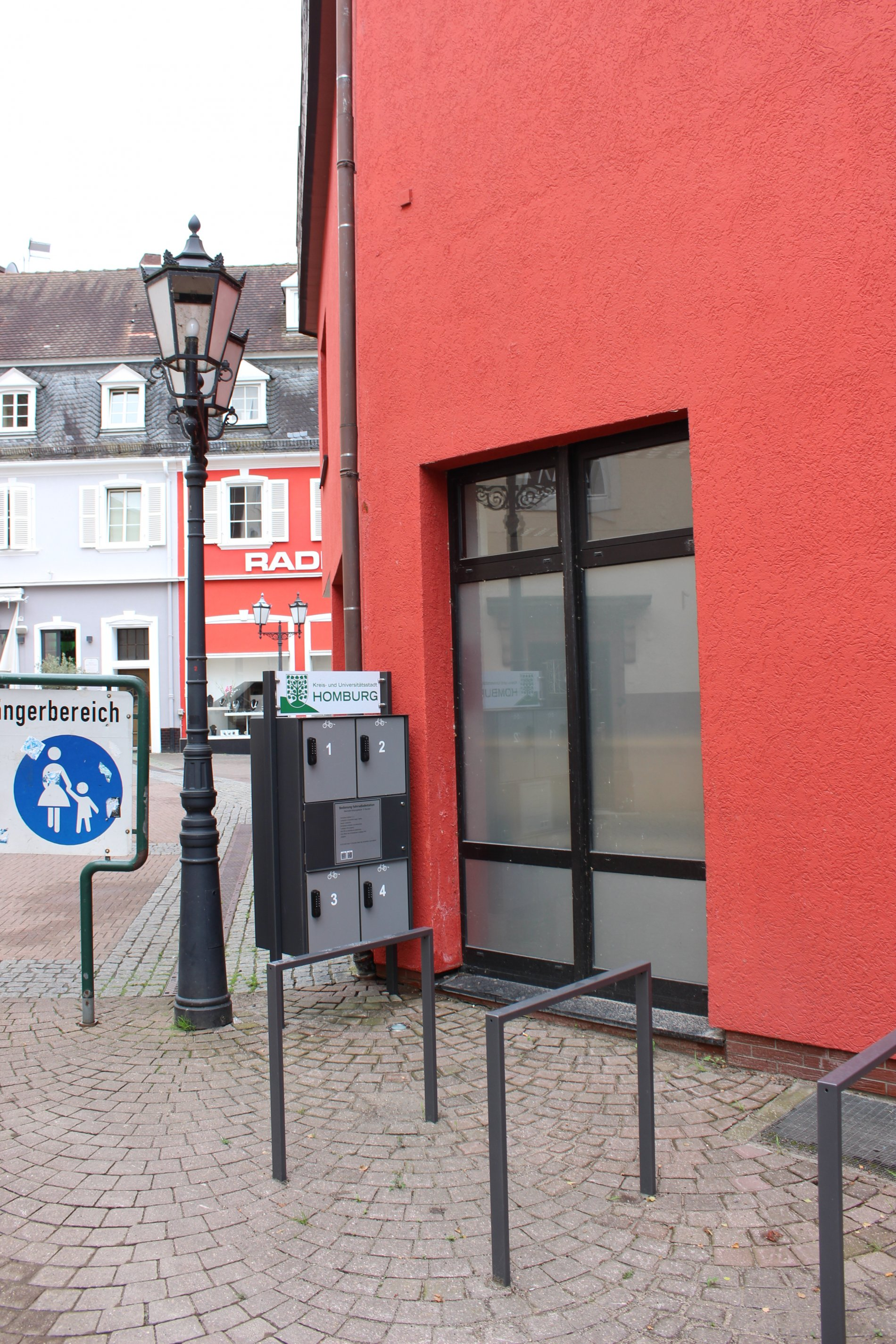 E-Bike-Ladestation am La Baule Platz in Homburg