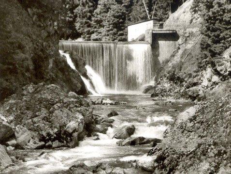 Flusskraftwerk Stallegg