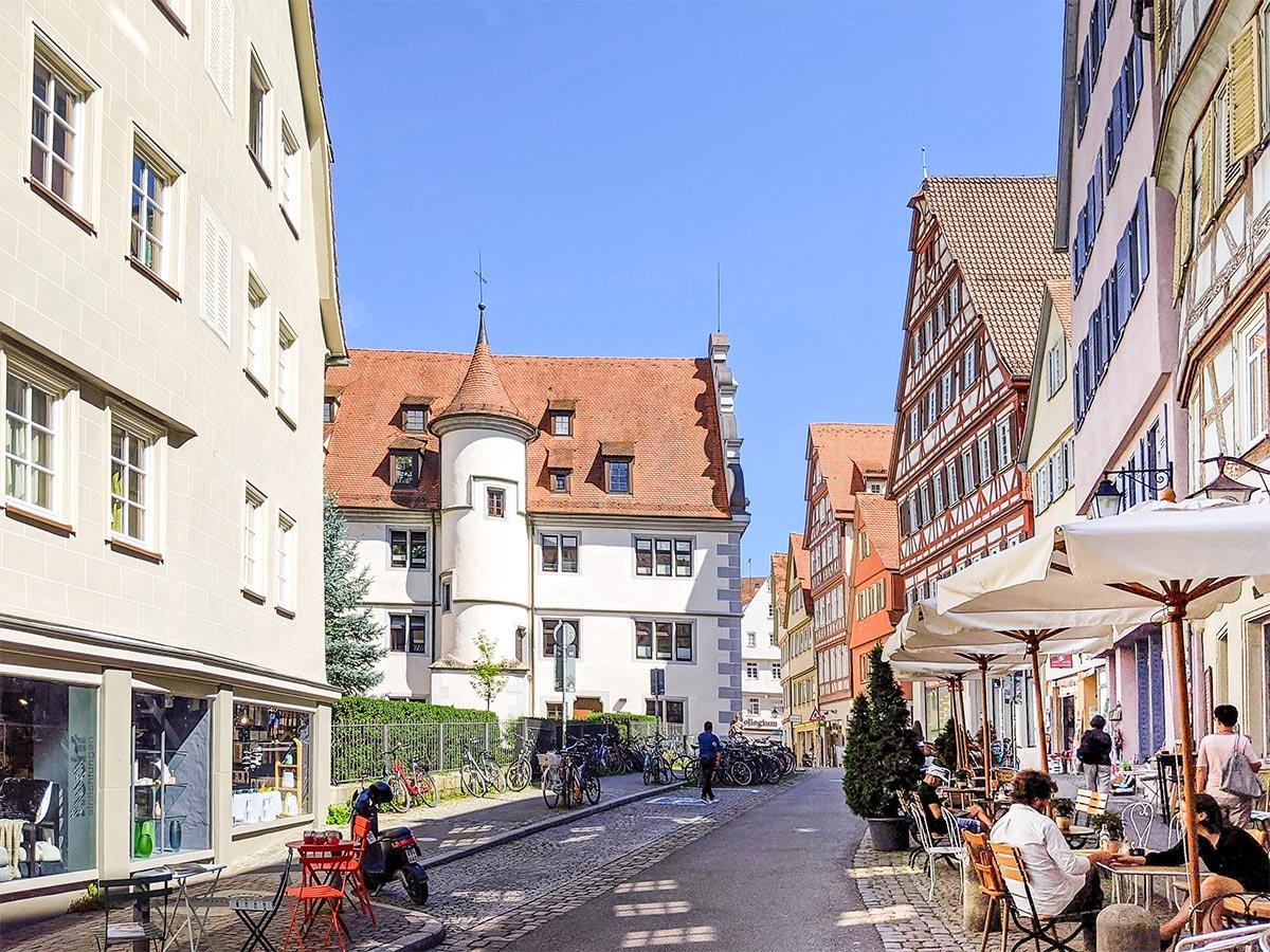 Das katholische Wilhemsstift in Tübingen, Außengastronomie