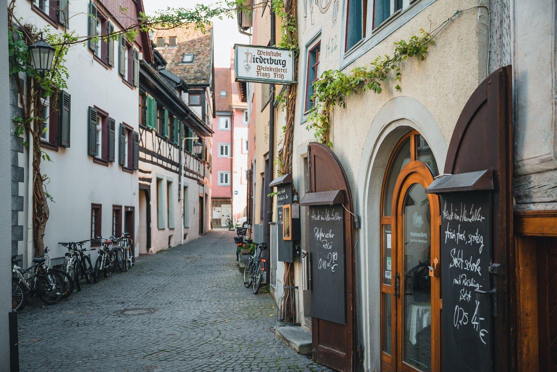 Weingenuss inmitten Konstanz' ältesten Gassen