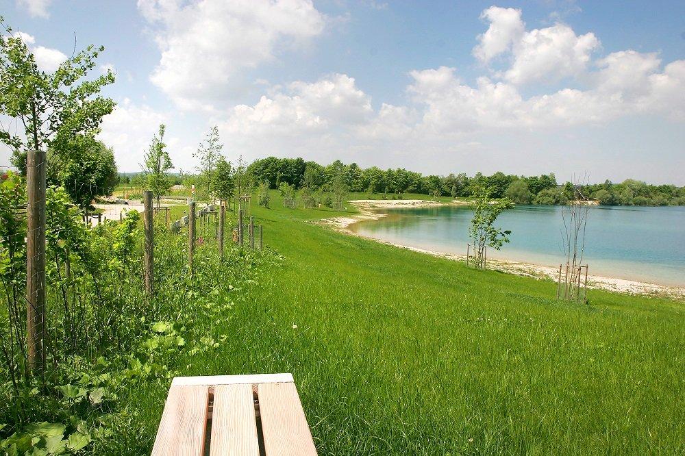 grüner Gürtel um den Pullinger See bei Freising