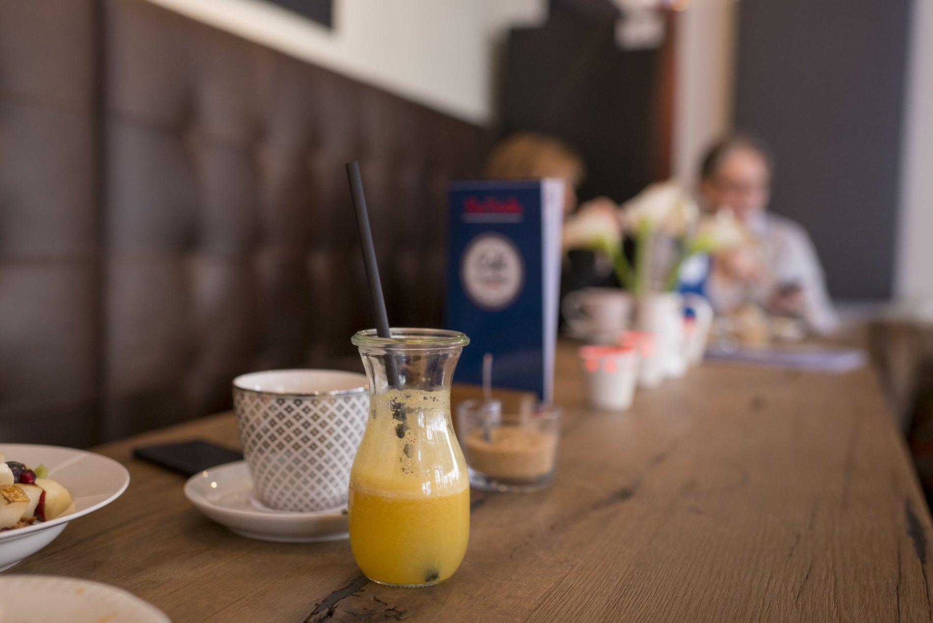 Leckere Säfte und Kaffees