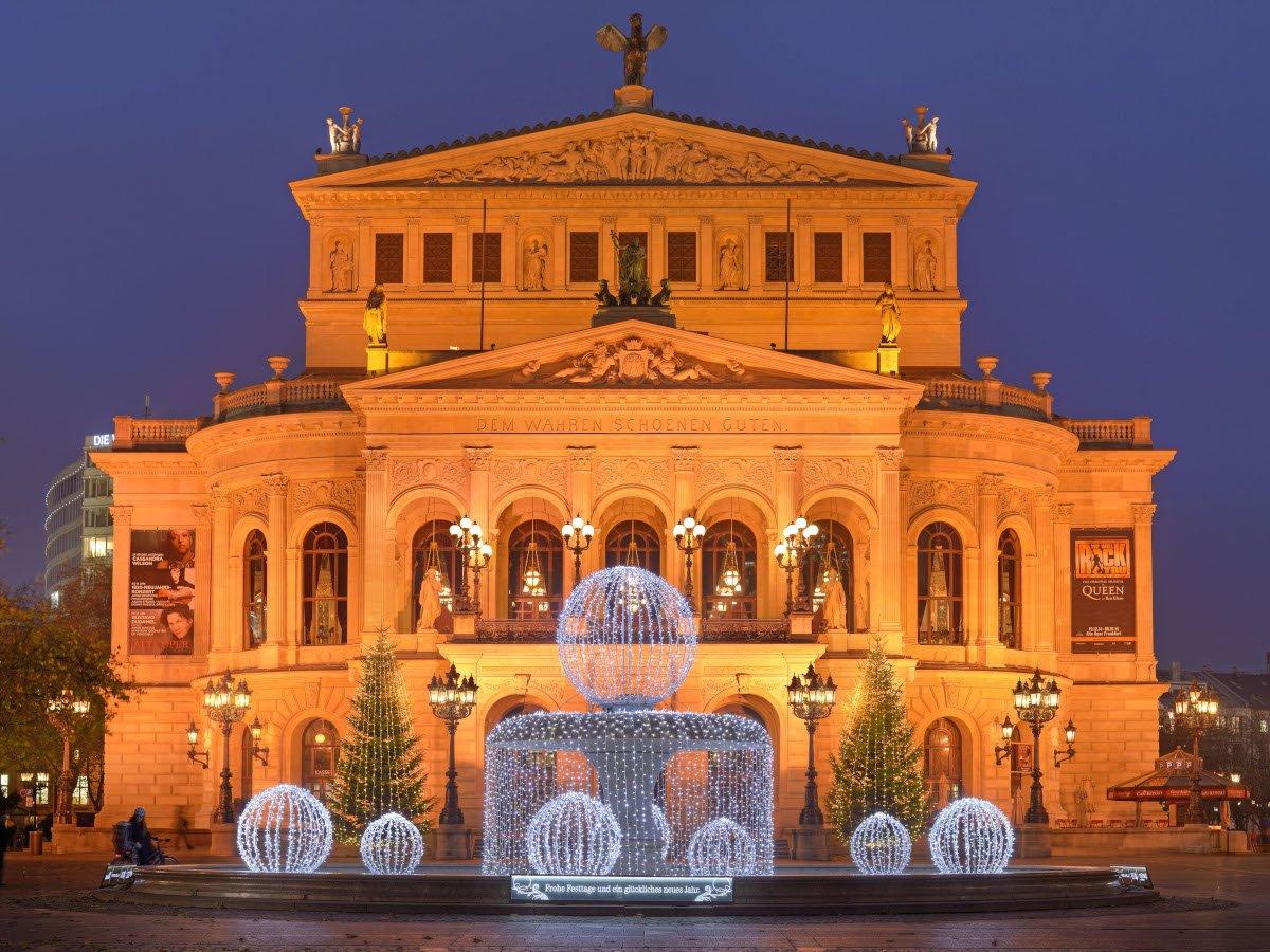 Alte Oper im Abendlicht