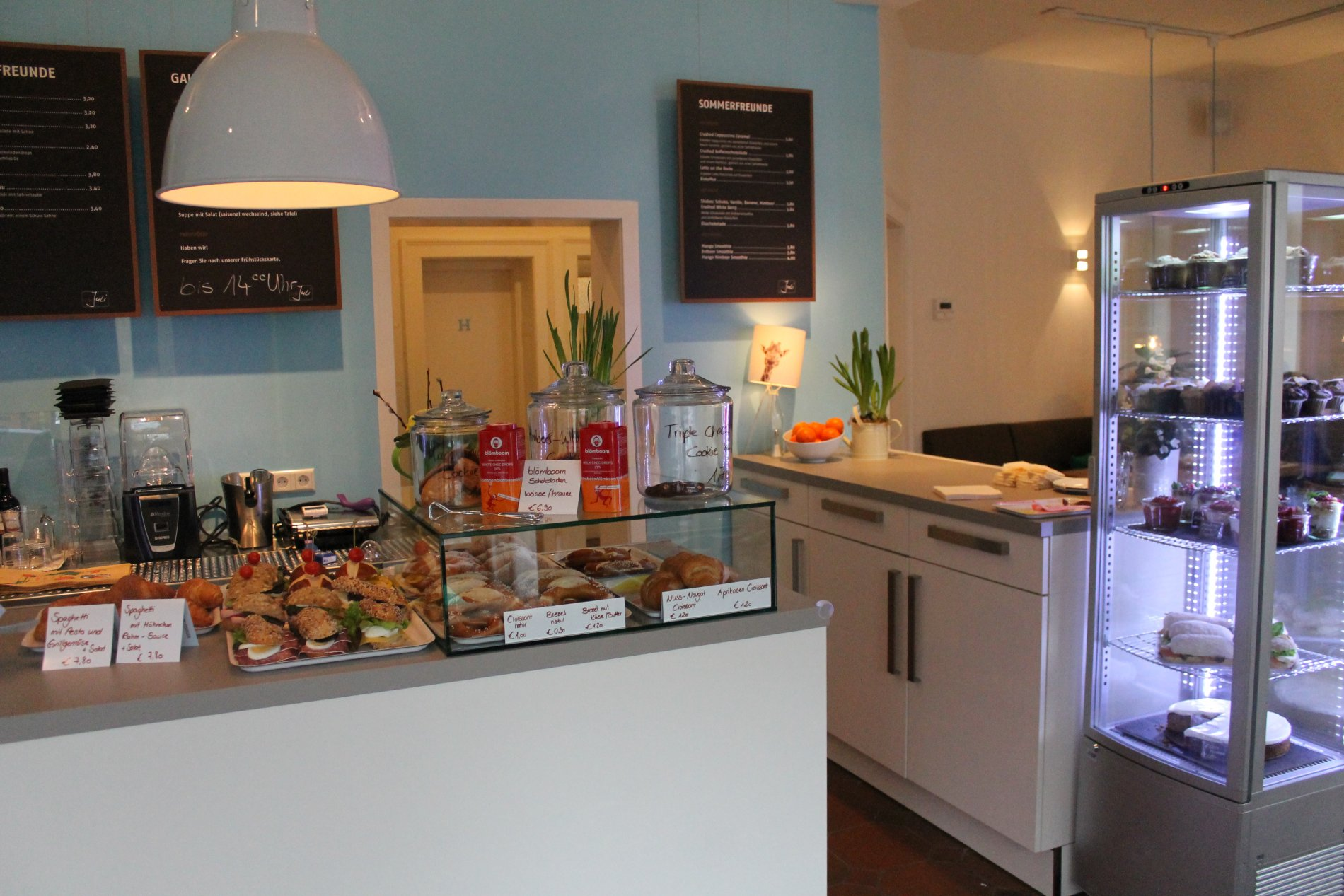 Theke Café Juli